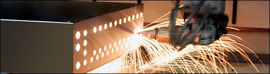 Laserskärning, laserskärare