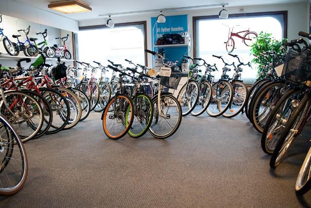 Cyklar och tillbehör